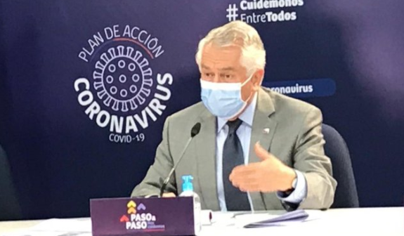 Ministro Paris en picada contra