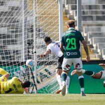 Colo Colo tuvo un amargo retorno al fútbol y cayó ante Wanderers en el Monumental
