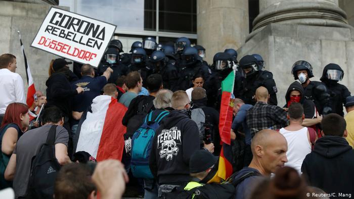 Alemania, escandalizada por radicalización del movimiento