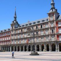 España autoriza primer ensayo en humanos de vacuna anticovid