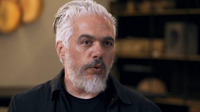 Diálogo del diseñador mexicano Héctor Esrawe y el arquitecto Felipe Assadi vía online