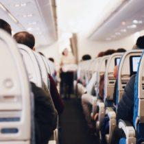 Las aerolíneas buscan la mejor forma de desinfectar sus aviones