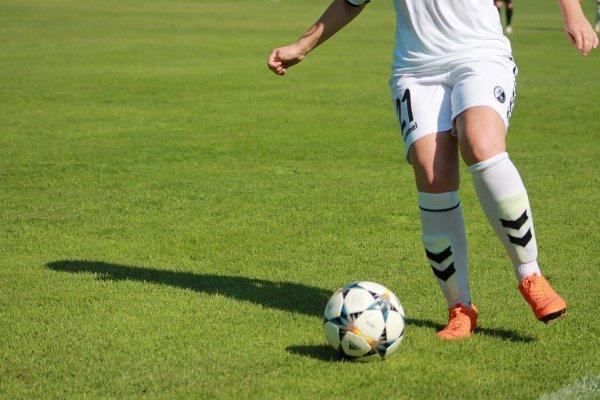 Comunas en transición: Minsal informó que se puede practicar fútbol siempre y cuando