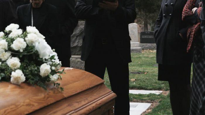 Tiempos de Covid: funerales vía streaming y plataformas de conmemoración