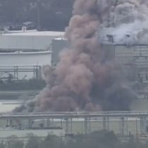 Huracán Laura provocó feroz incendio en planta química en Luisiana