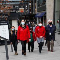 Detectan irregularidades en tienda de mall recién reabierto en Vitacura