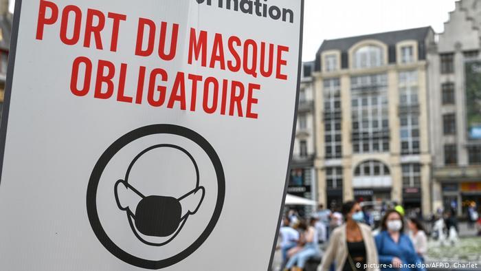 París impone el uso de mascarillas en zonas más concurridas a contar del lunes
