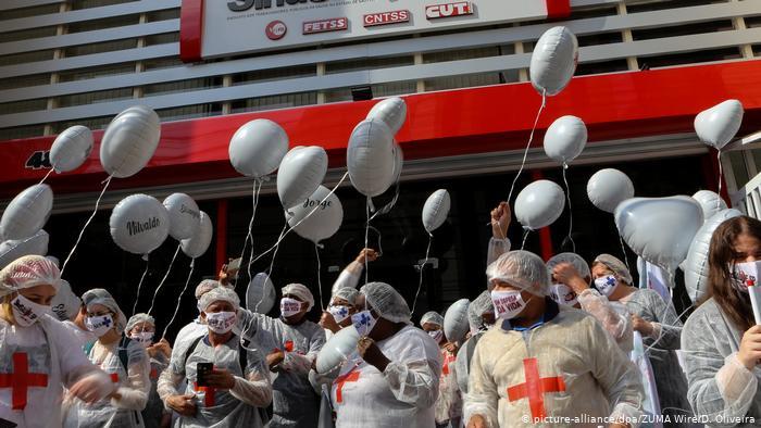 Vacunas se abren paso en América Latina con tres países en top de contagios