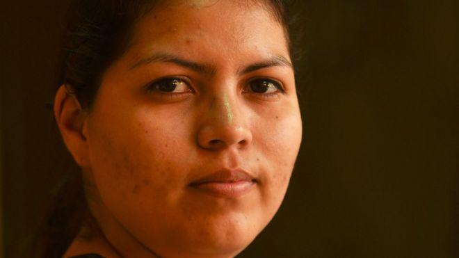 Aborto en El Salvador: el caso de Cindy Erazo y qué supone su liberación para otras 18 mujeres condenadas por la estricta ley contra la interrupción del embarazo