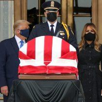 Una visita incómoda: Trump fue abucheado al asistir a la capilla ardiente de la jueza Ruth Bader Ginsburg