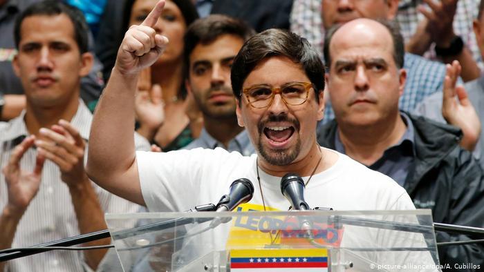 Opositor Freddy Guevara deja la Embajada de Chile en Caracas tras 1.040 días