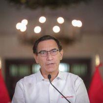 Vizcarra pide disculpas, habla de traición y