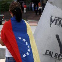 Oposición venezolana sella pacto pero sigue dividida