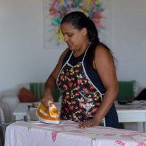 Empleadas domésticas en Brasil, golpeadas por la pandemia