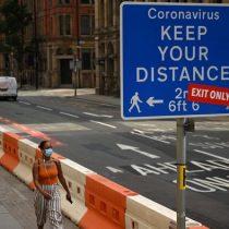 Rebrote en Reino Unido: Inglaterra multará hasta con 13.000 dólares a quien incumpla autoconfinamiento