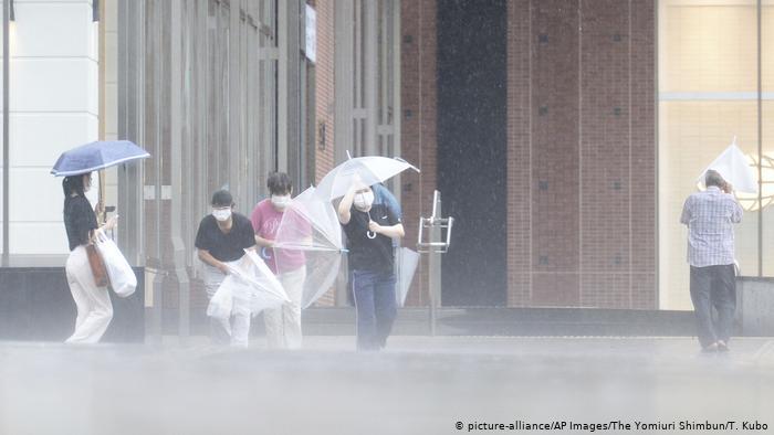 Japón: tifón Haishen alerta a evacuar a más de 2 millones de personas