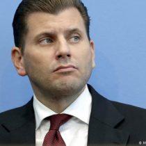 Partido populista de derecha alemán destituye a portavoz que proponía gasear a inmigrantes