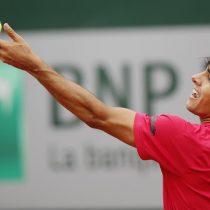 Cristian Garín se hace fuerte en arcilla y avanzó a segunda ronda de Roland Garros