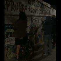 Desconocidos borran mural del Apruebo constitucional realizado por la Brigada Ramona Parra en Las Condes