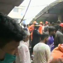Al menos ocho muertos al derrumbarse edificio en Mumbai