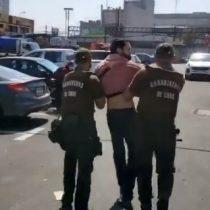 """Las críticas que despertó la detención de un joven por parte de Carabineros tras gritar """"Piñera asesino"""""""
