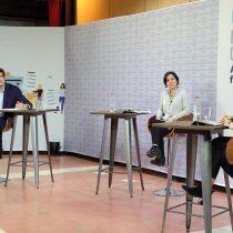 """Debate: Javiera Parada dice que la actual Constitución es un """"dique de contención"""" para las reformas y Schalper llamó a no embarcarse en un """"tren costoso"""""""