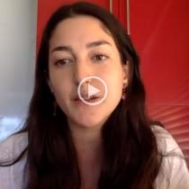 """Elisa Alcaíno, coordinadora de la Red de Acción Carcelaria: """"Hay mujeres que hace meses no han podido conseguir toallas higiénicas (…). No existe perspectiva de género al interior del sistema"""""""