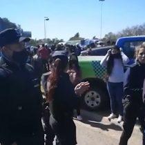 Uniformados manifestantes: policía bonaererense realizó protesta exigiendo aumento salarial