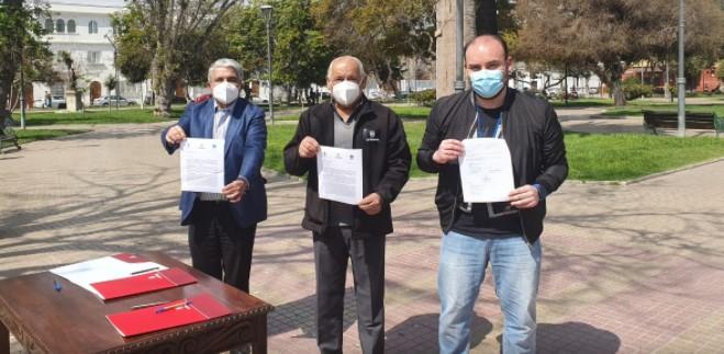 Alcaldes ofician al ministro Paris para evitar entrega de permisos del plan