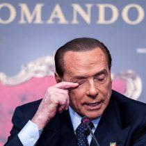 Silvio Berlusconi es ingresado en un hospital de Milán tras dar positivo por COVID-19