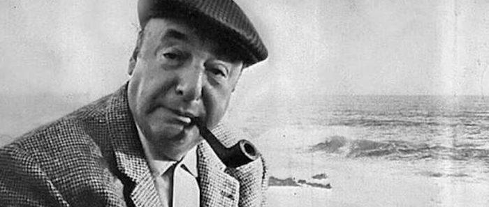 Donan  inédito manuscrito de Neruda encontrado a 47 años de su muerte