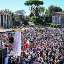 Los antimascarillas y antivacunas protestan en Roma
