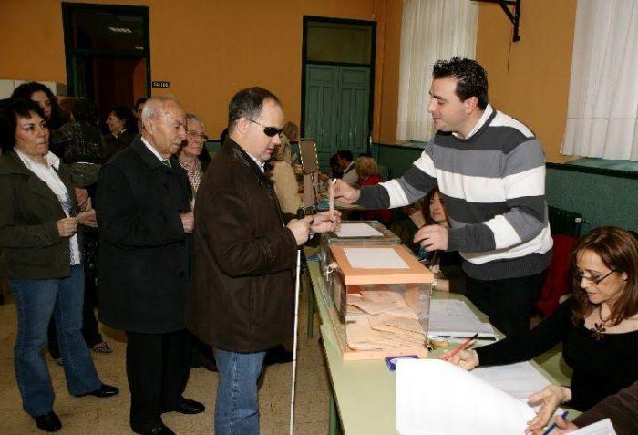 Fundación Chilena para la Discapacidad critica falta de protocolos para facilitar votación de personas ciegas en plebiscito