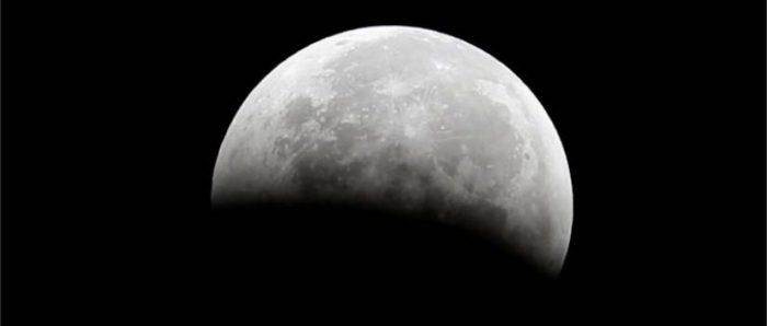 Agua en la Luna: la NASA confirma la existencia del líquido en el satélite de la Tierra