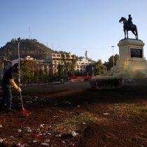 """Pablo Ortúzar y el futuro de la estatua del general Baquedano: """"Tenemos la posibilidad de usarla como un primer símbolo de un nuevo Chile"""""""