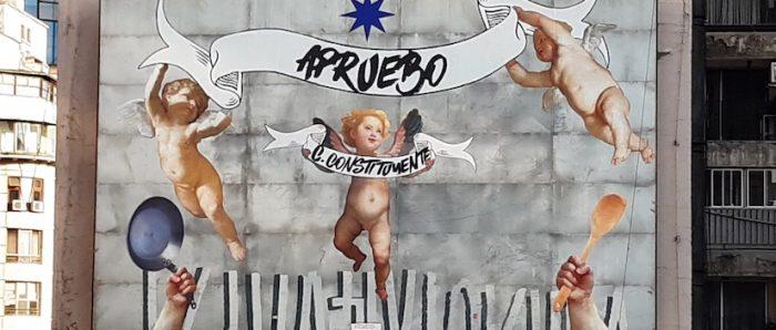 Artista plástico Caiozzama realiza mural de gran formato en favor del Apruebo