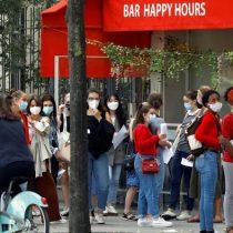Cafés y bares de París cerrarán desde el martes para frenar propagación del coronavirus