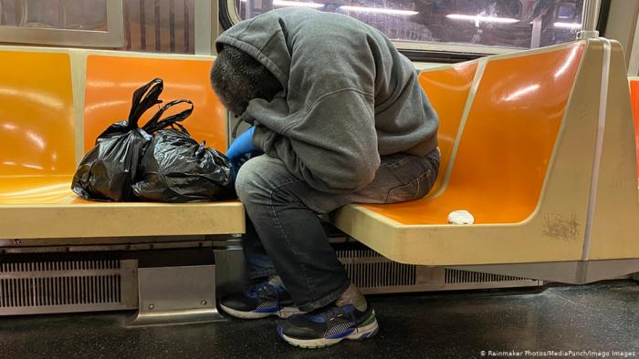 Ocho millones de personas han caído en la pobreza en Estados Unidos por la pandemia