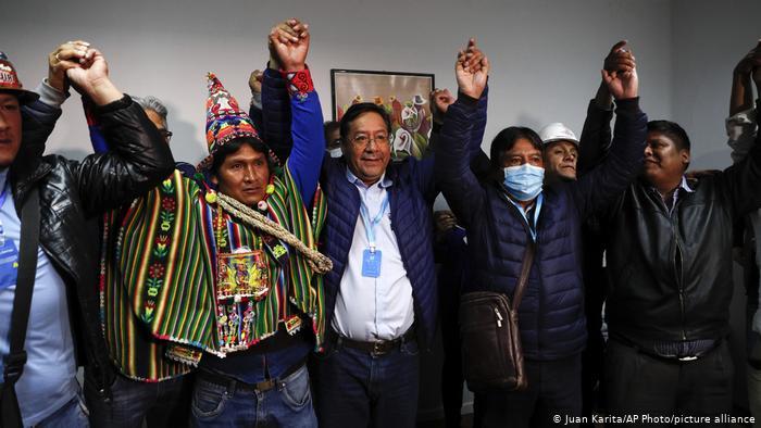 """Presidenta interina felicita el triunfo de Luis Arce, candidato del MAS, y le pide """"gobernar pensando en Bolivia y en la democracia"""""""