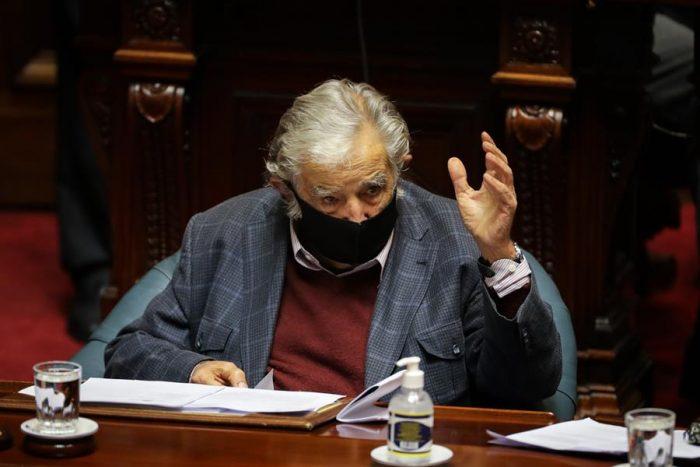 José Mujica presenta renuncia al Senado de Uruguay:
