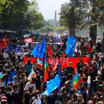 Encuentro de dos mundos: registran manifestaciones en Plaza Italia y marcha por el