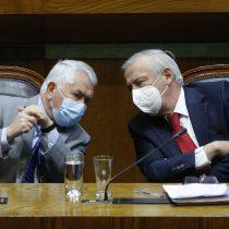 Mañalich se disculpa con alcaldes ad portas de la votación del libelo acusatorio en su contra: