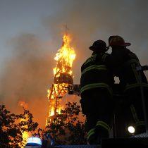 El vandalismo también se hizo presente este 18-O con dos iglesias incendiadas, saqueos y ataques a comisarías