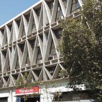 Edificio institucional de Correos de Chile y el rol social del patrimonio arquitectónico
