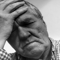 Cerca del 40% de los chilenos padece dolor crónico a diario