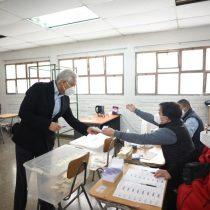 """Heraldo Muñoz ejerció su derecho a voto: """"Hoy será un gran día, va a marcar un hito en la historia de nuestro país"""""""