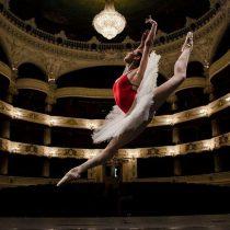 """Romina Contreras, primera bailarina del Ballet de Santiago: """"Nuestra carrera ni siquiera está certificada. Debiera haber un reconocimiento estatal"""
