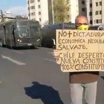 Ad portas del primer aniversario del 18-O: se registran nuevas manifestaciones en Plaza Baquedano
