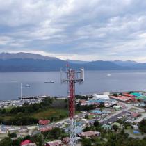 Habitantes de Puerto Williams podrán acceder a conectividad móvil de alta velocidad gracias a la Fibra Óptica Austral