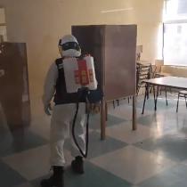 Alcalde Sharp informó que cuenta con seis nebulizadores sanitizadores para mantener los más de 50 locales de votación de Valparaíso